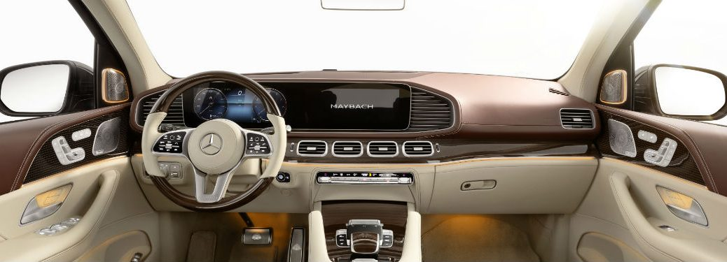2021 MB Maybach interior front cabin steering wheel touchscreen and dashboard
