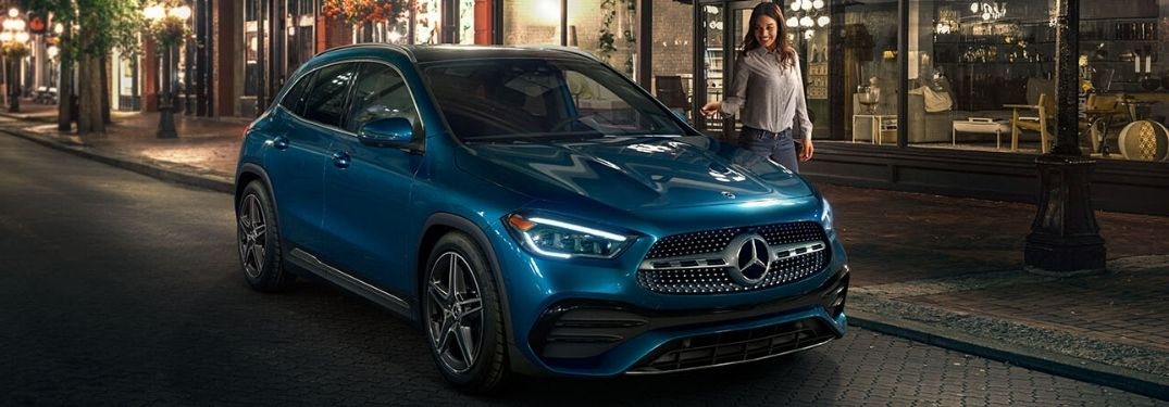What are the color options of the 2021 Mercedes-Benz GLA?