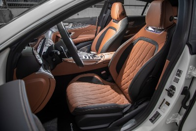 2021 MB GT Coupe interior side view seats and steering wheel