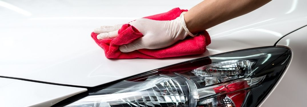 How to clean dust off of your car without scratching it
