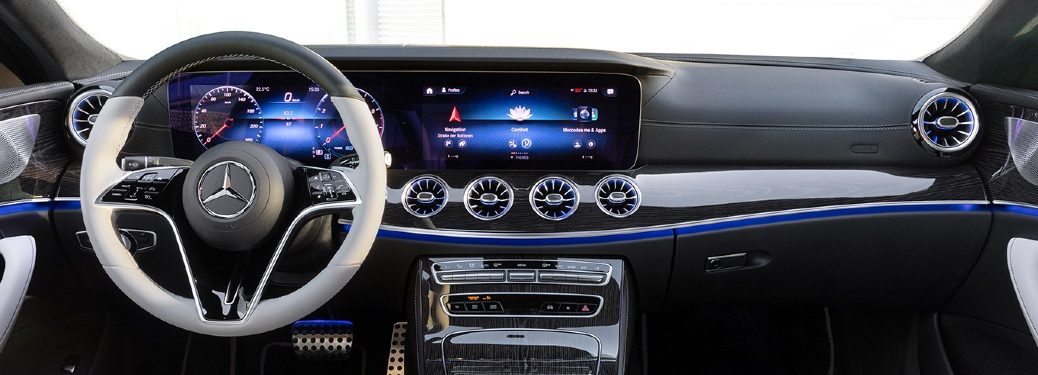 2022 CLS Coupe dash