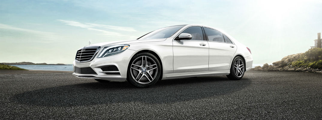 Turn The Electric Motor On And Off In The 2017 Mercedes-Benz S-Class Hybrid Sedan