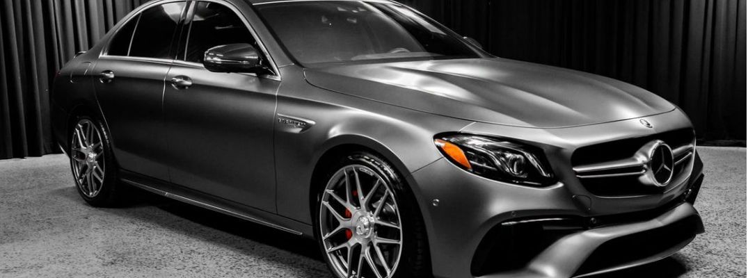 What features are available on the 2018 Mercedes-AMG E 63 S Sedan?