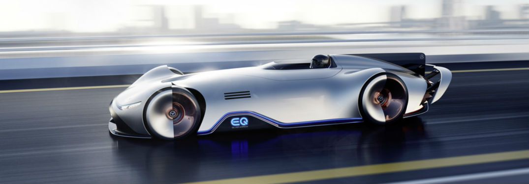 What are the features and design of the Mercedes-Benz EQ Silver Arrow?