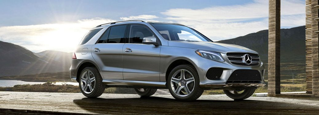 2019 MB GLE exterior front fascia and passenger side