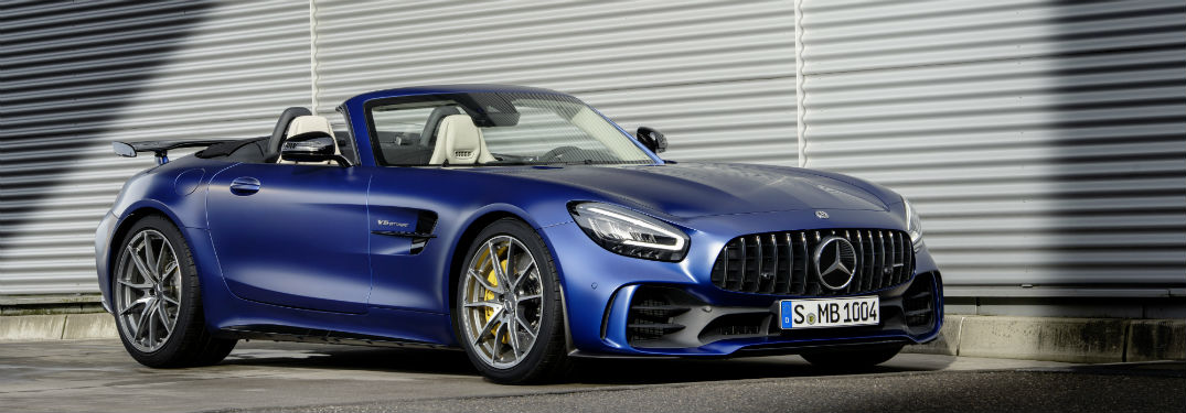 VIDEO: The 2019 Mercedes-Benz AMG® GT 4-Door Coupe gets a flashy gold exterior