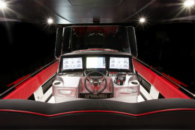 41' AMG® Carbon Edition racing boat view of the wheel behind the seats