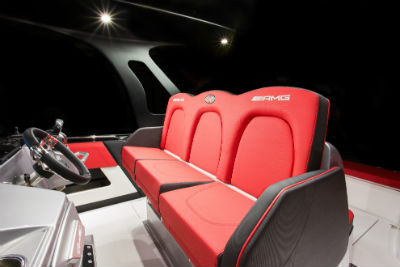 41' AMG® Carbon Edition view of front seats and steering wheel