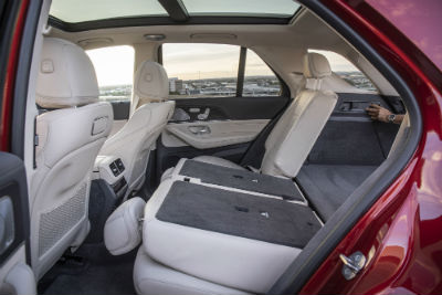 2020 MB GLE interior side view of back seats partially folded down
