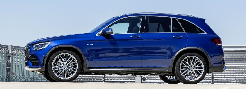 2020 MB GLC exterior driver side profile in empty lot