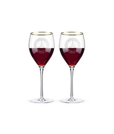Stemmed red wine glasses Mercedes-Benz
