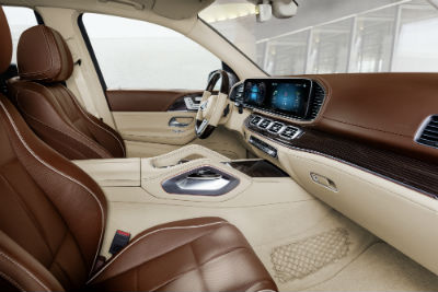 2021 MB GLS interior front cabin side view steering wheel dashboard and seats