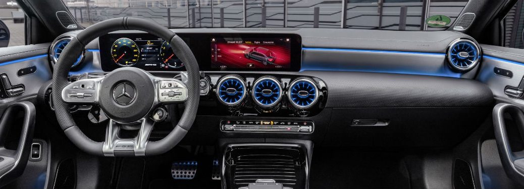 2020 MB A-Class interior front cabin steering wheel dashboard