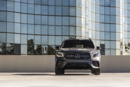 2020 MB GLB exterior front fascia on top of parking garage in front of office building