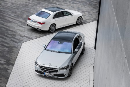 2 2021 MB S-Class exterior top views front fascia and back quarter view