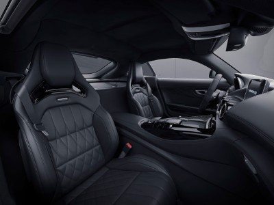 2021 MB GT Coupe interior side view seats dashboard side view