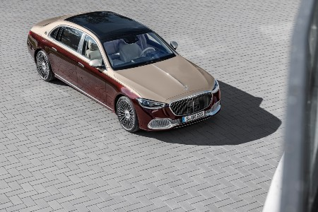 2021 MB S-Class exterior front fascia passenger side top view on brick surface