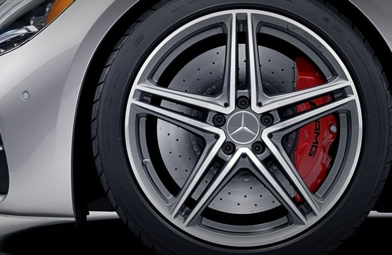 2021 MB GT Roadster close up of wheel