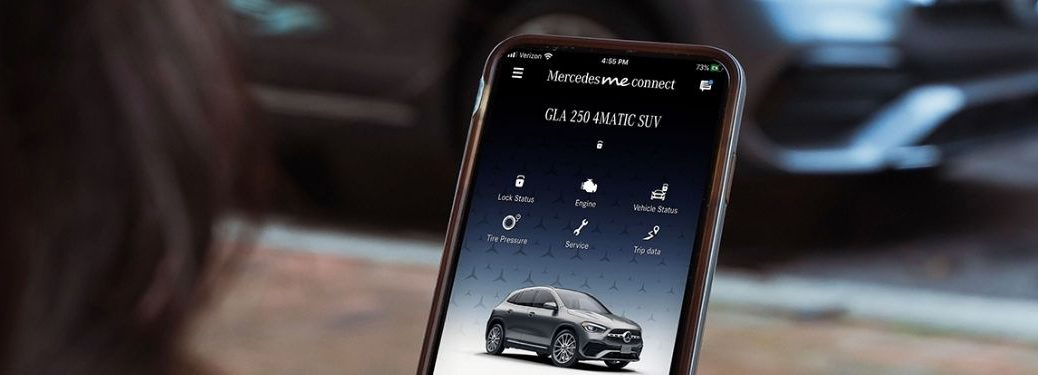 Mercedes me connect on smartphone