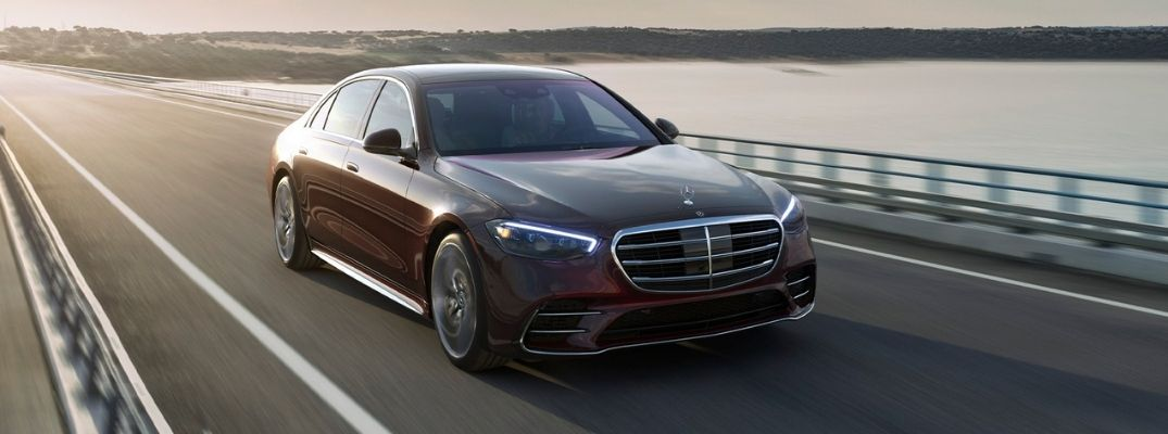 How fast is the 2021 Mercedes-Benz S-Class S 580 Sedan?