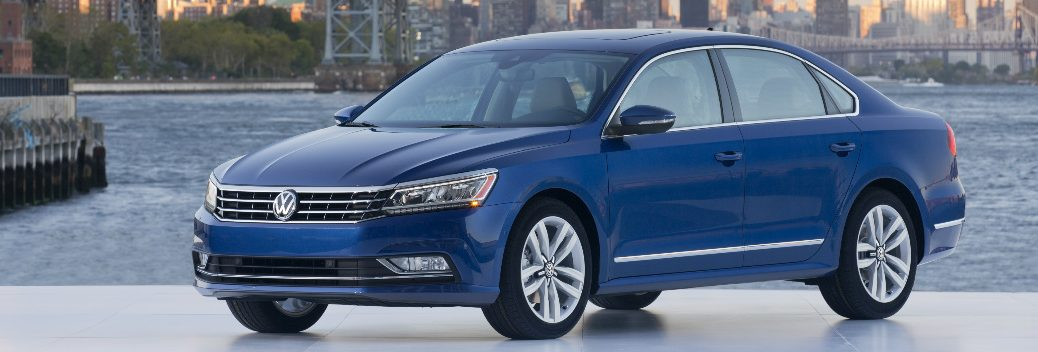 What are the tech features in the 2016 VW Passat?