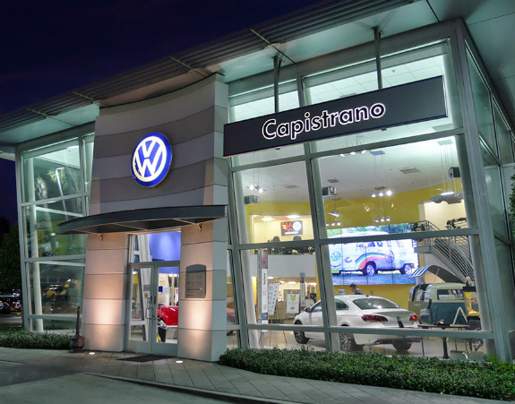 Capo Volkswagen Offers Fabulous Specials for the Holiday Season
