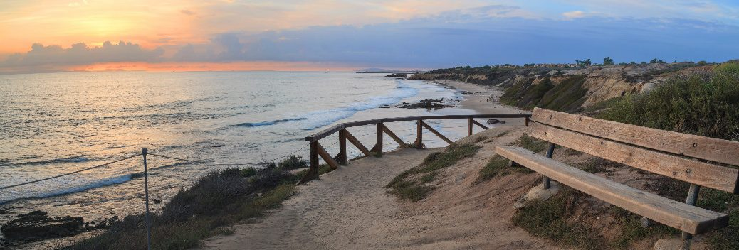 Best Hiking Trails in Orange County CA - Crystal Cove State Park