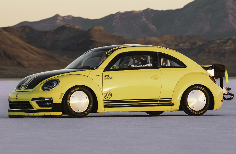 VW Beetle LSR Achieves Record Time at 2016 World of Speed Event
