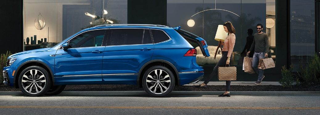 2020 Tiguan power liftgate showcase