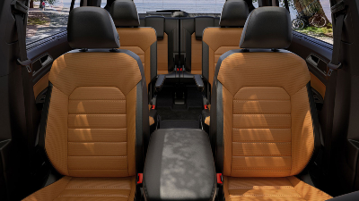 2020 Atlas interior seating with captain's chairs