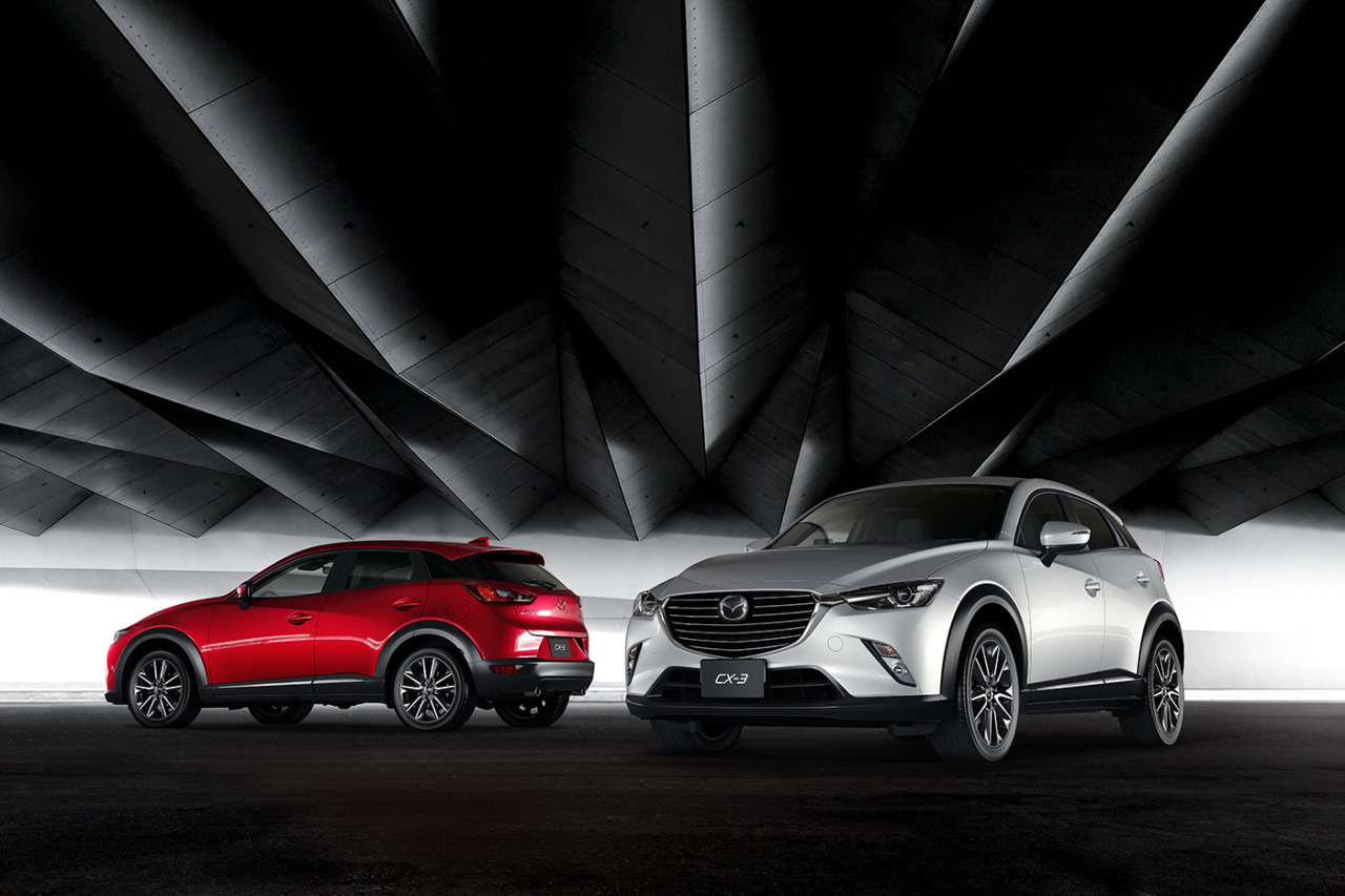2016 Mazda CX-3 in Red and White