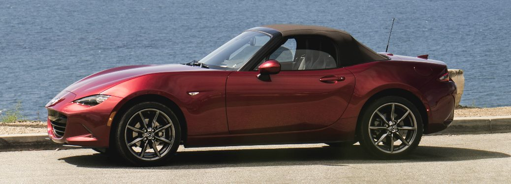 How much does the 2019 Mazda MX-5 Miata Soft Top cost?