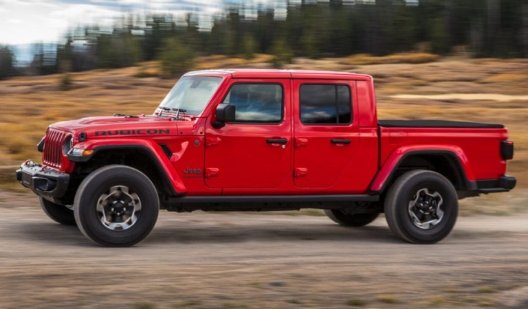 2020 Jeep Gladiator red side view on the move