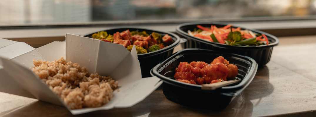 What Local Restaurants Around Arlington Are Offering Delivery?