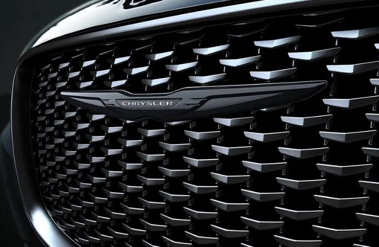 2021 Chrysler 300 Front Grill and Badge View