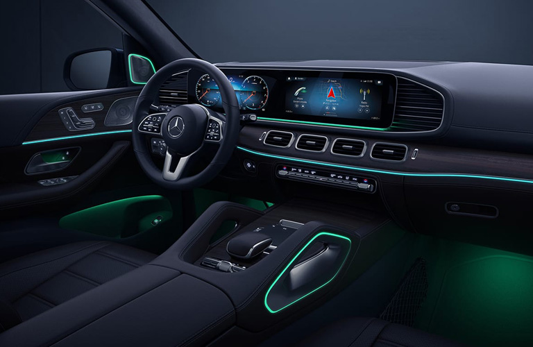 2020 Mercedes-Benz GLE SUV Interior representing the 2021 model