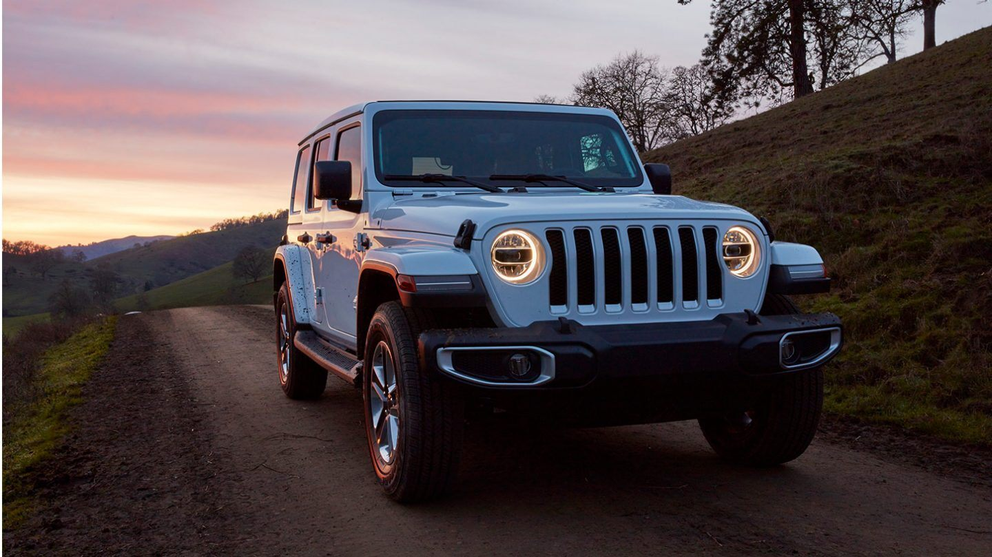 2020 Jeep Wrangler Front View Blue Exterior Picture