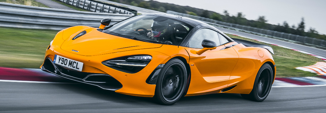 What's the top speed and acceleration times of the 2020 McLaren 720S?