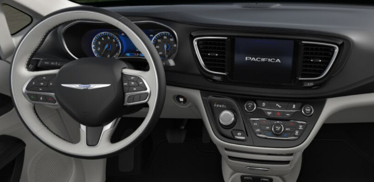2020 Chrysler Pacifica Premium Black and Alloy Leather