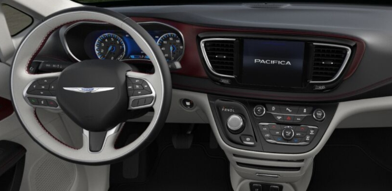 2020 Chrysler Pacifica Black and Alloy Leather Interior