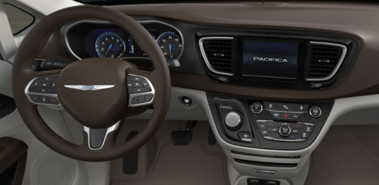 2020 Chrysler Pacifica Cognac and Alloy Leather