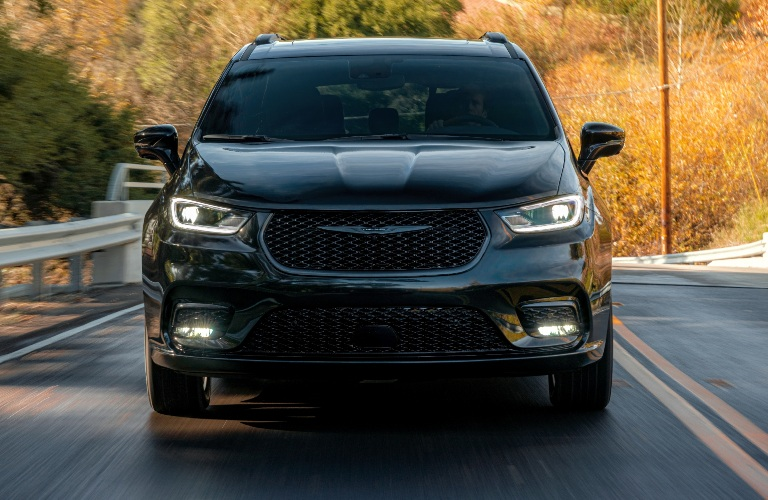 2021 Chrysler Pacifica Front End