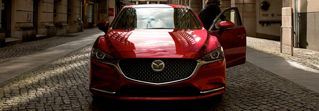 What technology features are in the 2020 Mazda6?
