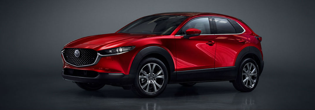 What convenience features are included in the 2020 Mazda CX-30?