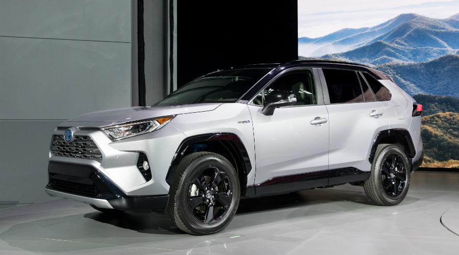 Side view of a silver 2019 Toyota RAV4 at NYIAS