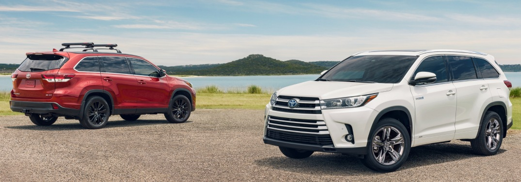 Photo Gallery of Exterior Colors Available with New Highlander
