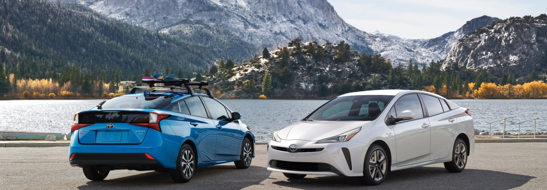 Photo Gallery of the Popular New Prius Hybrid