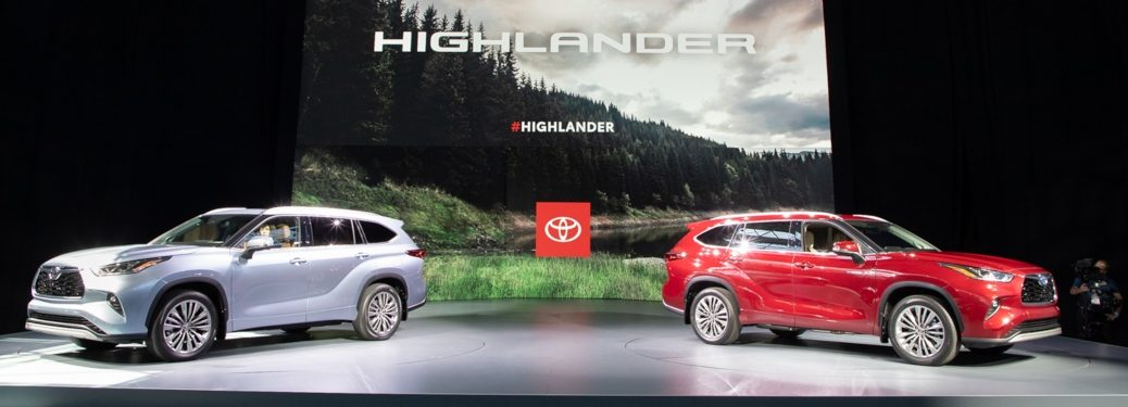 Toyota Highlander models at NYIAS 2019
