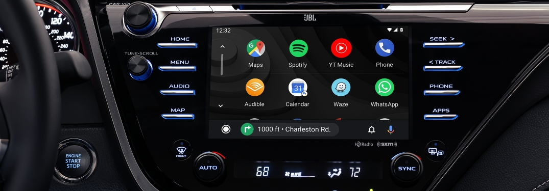Do Toyota cars have Apple CarPlay and Android Auto?