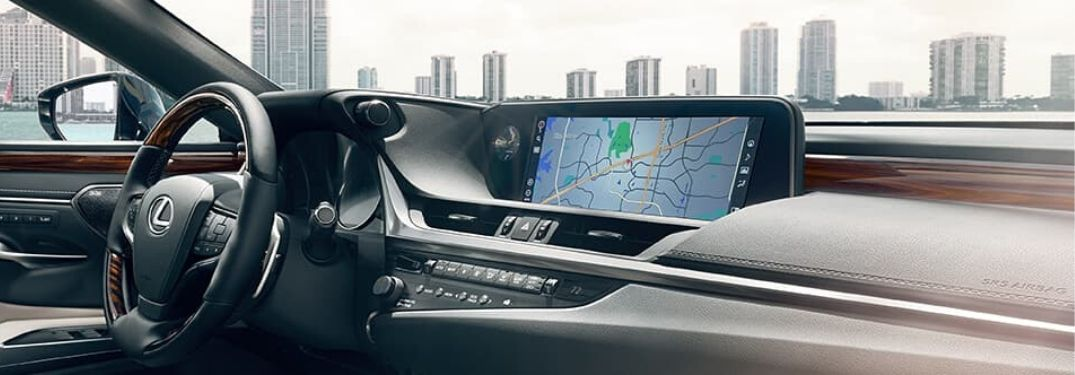 How-To Guide to Connect Your Smartphone with the Lexus Enform Infotainment System